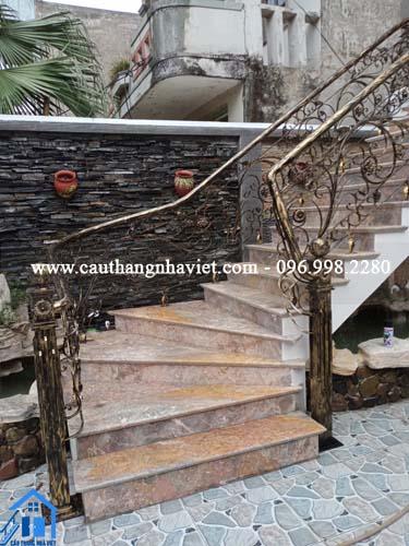 Thi công cầu thang sắt mỹ thuật, ban công sắt mỹ thuật tại Hải Dương