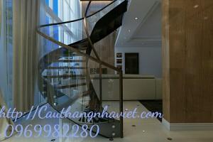 Cầu thang xoáy X04