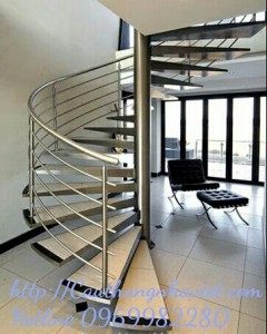 Cầu thang xoáy X02