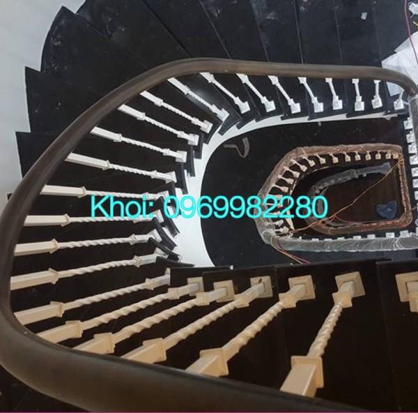 Cầu thang sắt nghệ thuật 08