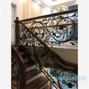cầu thang sắt nghệ thuật SNT05